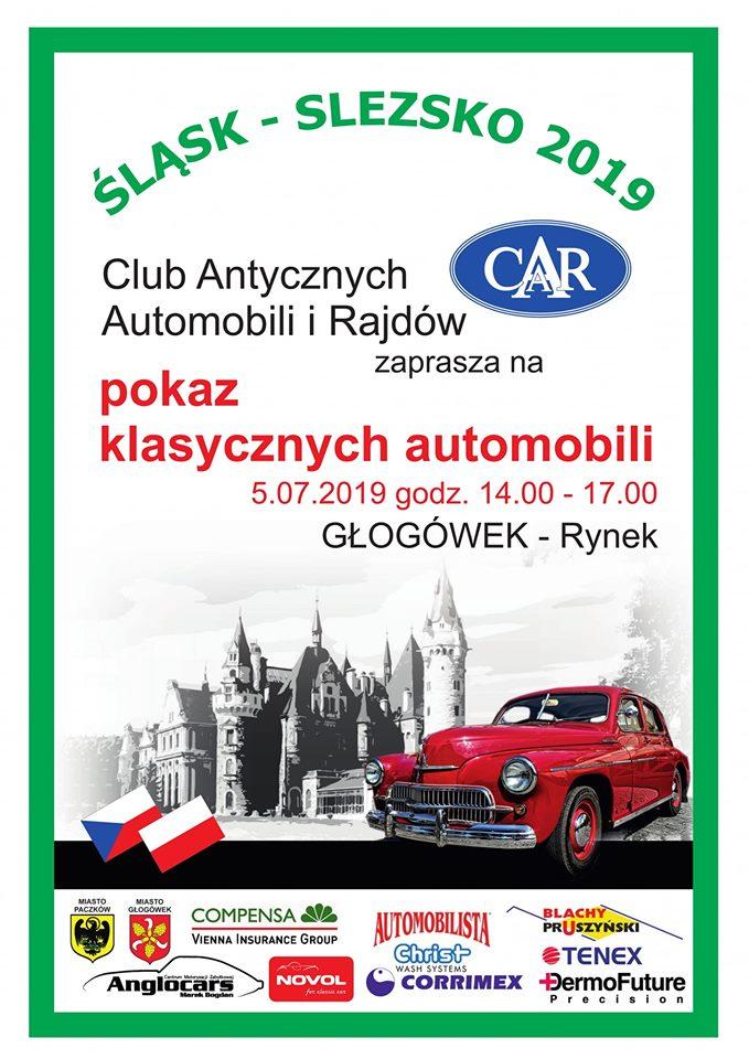 Pokaz zabytkowych pojazdów w Głogówku