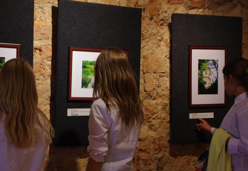 Glogowek_muzeum_mikro_makropejzaz_fotograficzny_wystawa_1